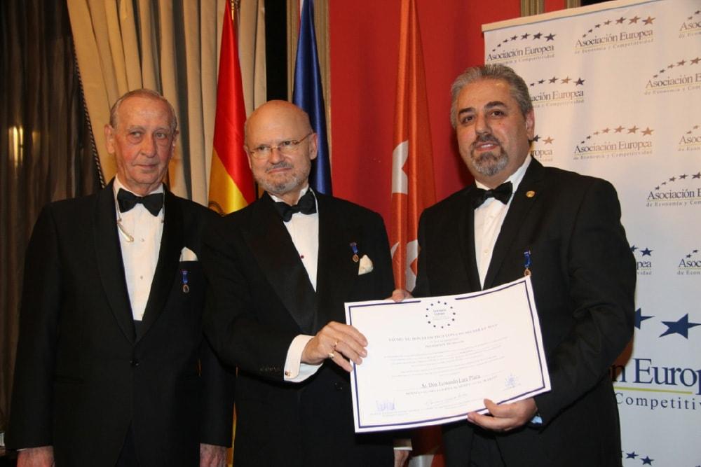 Medalla Europea al Mérito en el Trabajo | Peritos Lara
